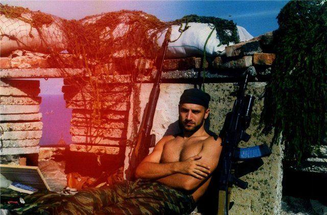 Прилепин служил в Чечне командиром отделения ОМОНа