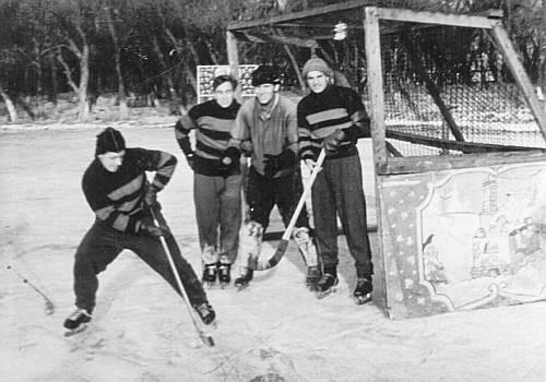 Русский хоккей мог бы стать зимним заменителем футбола
