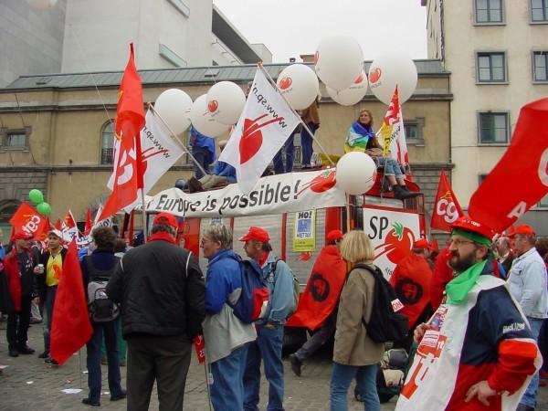 Голландские социалисты выступают за «общество, построенное на основе достоинства, равенства, солидарности»