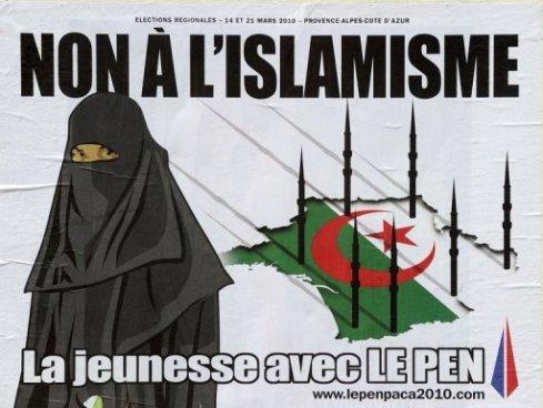 Марин Лё Пен, заявляет, что Франция не должна превратиться в халифат. По убеждению руководства НФ, правительства должны неукоснительно соблюдать принцип светского государства. Именно поэтому, по мнению НФ, неприемлемо строительство мечетей за счёт государственной казны