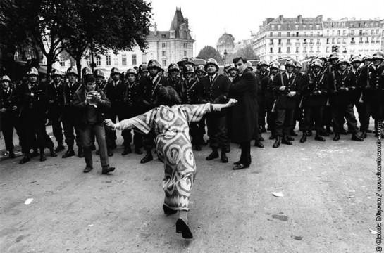 Та Европа, которую мы видим сегодня, — суть порождение тотальной встряски шестидесятых. Волосатым хиппарям и безбашенным парижским студентам всё же удалось перевернуть сознание европейцев