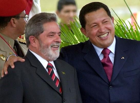 Лула и Уго Чавес были союзниками и поддерживали друг друга в сложной игре с неолиберальными силами во главе с США, играя роль «плохой и хороший»