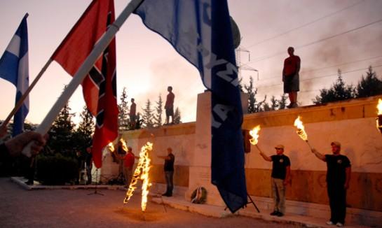 Изначально актив партии рекрутировался из числа греческих неоязычников, поклонявшихся древним эллинским богам