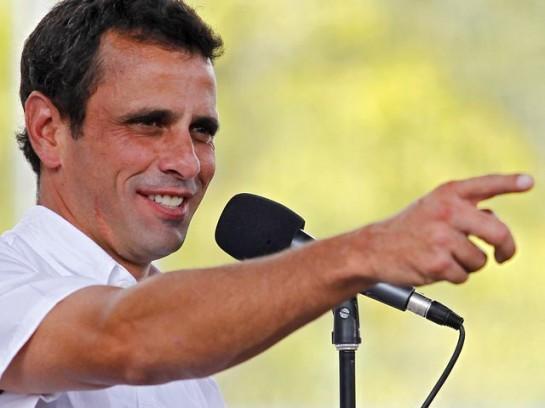 либеральный кандидат разношёрстной оппозиции Энрике Каприлес сумел по сравнению с прошлым октябрём прибавить более 700 тысяч дополнительных голосов, получив в середине апреля в свою пользу 48,93% голосов избирателей, или за главного противника Боливарианской революции отдали голоса немногим более 7 миллионов 300 тысяч человек