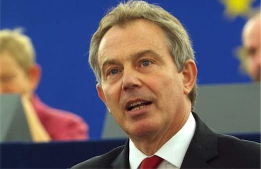 Тони Блэр сказал свои социал-демократическим друзьям, что быть большим капиталистом, чем капиталисты, не представляет акт измены, но адекватный способ «модернизировать» социал-демократию