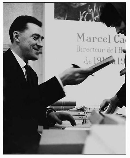 в 1952-м за роман «Первый удар» (1951) Андре Стиль был удостоен Сталинской премии второй степени. В 1950-1959 годах Стиль работал главным редактором основанной Жаном Жоресом газеты «Юманите»