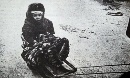 Когда Тамаре Томилиной (Мосягиной) было девять лет, немцы взяли Ленинград в блокадное кольцо
