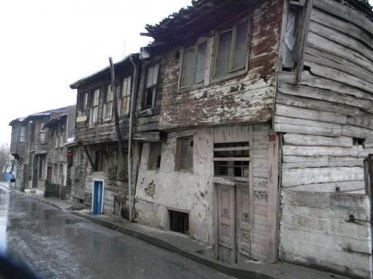Цыганские дома в Стамбуле