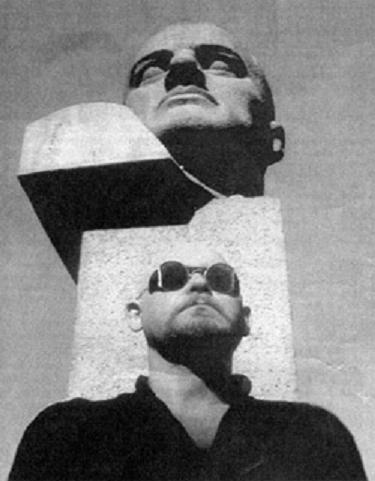 Художник и музыкант Александр Лебедев-Фронтов имеет все основания считать себя одним из отцов-основателей петербургского отделения Национал-большевистской партии