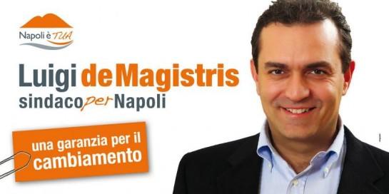 Луиджи де Маджистрис, представлявший тогда антикоррупционную партию «Италия ценностей», получил поддержку 65% активных избирателей «южной столицы»