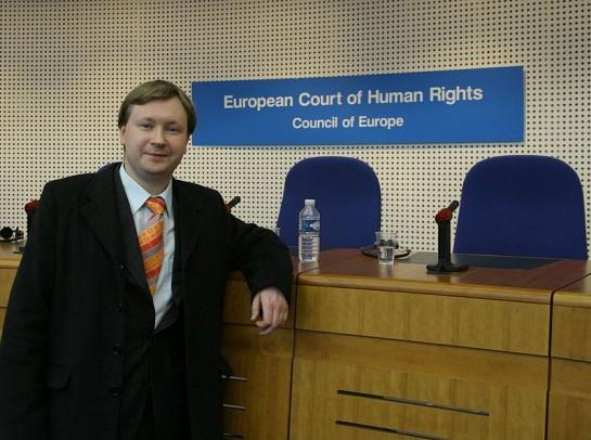 Николай Алексеев несколько раз подавал на Россию в Европейский суд по правам человека