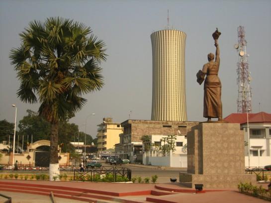 в столице Республики Конго имеются свои достопримечательности. Например, церковь Святой Анны, башня Набемба, Дворец конгрессов, построенный ещё в «коммунистическое» время по проекту советских архитекторов