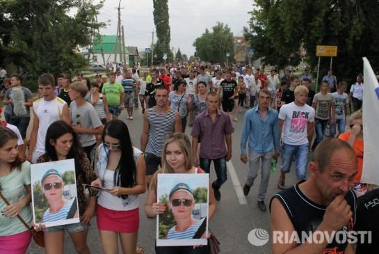 Почти никто не хочет слышать горькие слова несчастного отца Руслана Маржанова: «Дело не в национальности, а в водке»