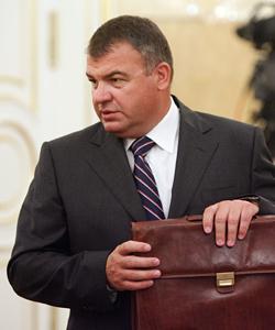 Год назад позорным увольнением министра обороны РФ Анатолия Сердюкова завершилась многомесячная борьба за сохранение Военно-медицинской академии (ВМА)