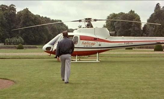 """И наконец, финал фильма. Наверняка у каждого зрителя проскакивают мысли: «Может, Жосс улетит на вертолёте, который ждёт его». Но мелодия Морриконе """"Chi Mai"""" не для счастливого конца"""