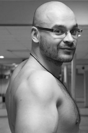 Звезда шоумена Максима Марцинкевича, озарив сомнительной славой ультраправое движение, потухла