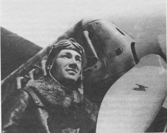 Испанского лётчика Хосе Руиса де Альда сравнивали с Герингом в Германии и с Бальбо в Италии