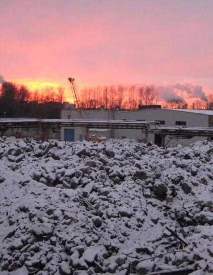 """Большая часть завода """"Вагонмаш"""" снесена. Осталось только несколько корпусов — охраняемых объектов"""