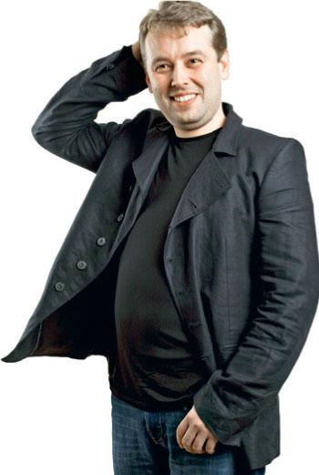 Дмитрий СОКОЛОВ-МИТРИЧ - заместитель главного редактора журнала «Русский репортёр»,  догхантер.