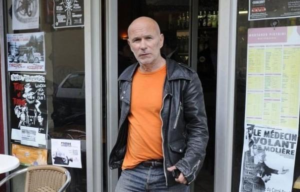 Жан-Марк Руайян — один из лидеров французской организации «Прямое действие»; арестован в феврале 1987 года, был приговорён к пожизненному заключению, выпущен на свободу в 2012-м