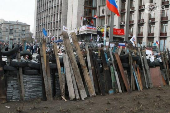 Если бы не российское вмешательство, что события в Восточной Украине могли бы перерасти в новый Майдан с социальной повесткой. Но из-за российской интервенции недовольство низов восточной Украины, которое могло вполне дорасти до рабочей революции, сливается в русло кровавой политической технологии