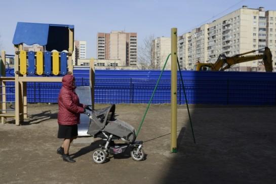 «Народ очень возмущен. Многие девушки готовы выйти с колясками, перекрыть въезд экскаватору», — предупреждают активистки с улицы Олеко Дундича