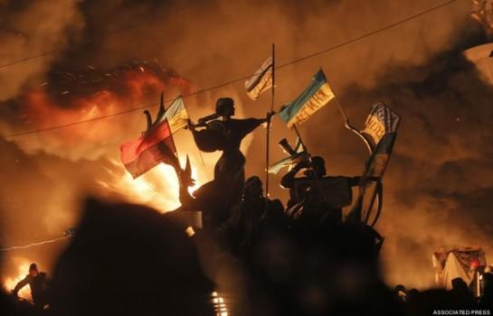 И никто не может сказать, что Украина, украинцы, не изменились. Они переживают сейчас катарсис через погружение в стихию смерти
