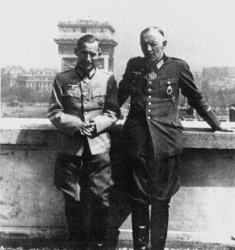 Эрнст Юнгер (слева). 29 марта 1895 — 17 февраля 1998