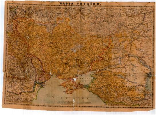 Красным проведены политические границы, а тёмно жёлтым выделен этнический украинский ареал