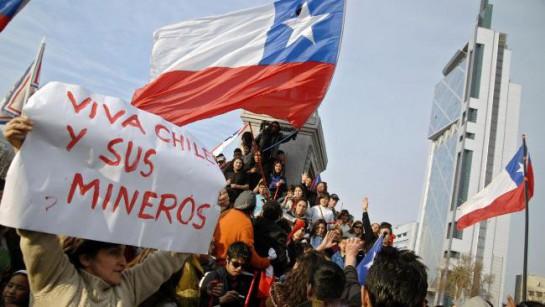 В Чили часть шахтёрских профсоюзов была в своё время настроена против правительства социалиста Сальвадора Альенде в начале 70-х, но затем, после известных событий 1973 года, активно и даже яростно выступала против диктатуры Аугусто Пиночета