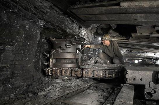 В целом по угольной промышленности в Российской Федерации за год в среднем в результате несчастных случаев на производстве погибает до 40 человек, а ранения и травмы разной степени тяжести получают сотни работников шахт
