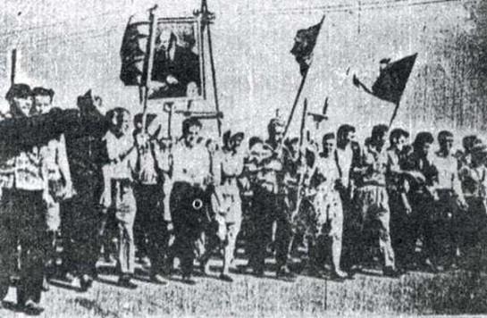 Кульминацией рабочего сопротивления в СССР стали события в Новочеркасске в 1962 году, когда был открыт огонь по рабочим городских предприятий, вышедших на улицы города протестовать против резкого повышения цен на основные продукты питания и против социального бесправия