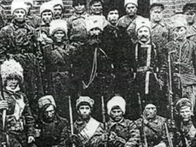 Причиной восстания на тамбовщине была неорганизованная и неумелая продовольственная политика большевистского режима. На фото: антоновцы
