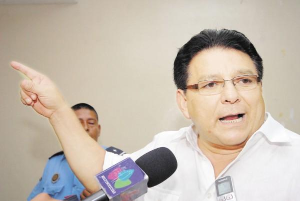 Гламурный киллер-бонвиван Ленин Серна (так «по паспорту») в сандинистской хунте был главным по спецоперациям / LA PRENSA/ 2009/ Oscar Navarrete.