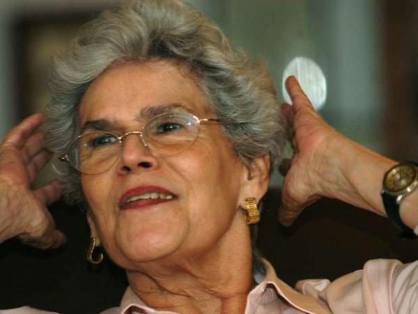 25 апреля Барриос де Чаморро инаугурировалась в президенты Никарагуа. 27 июня состоялась церемония разоружения контрас, возвращающихся к мирной жизни