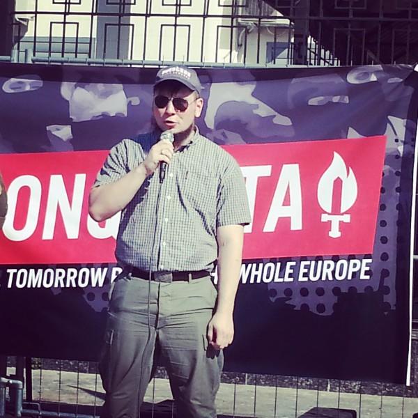 На митинге выступил Роман Железнов