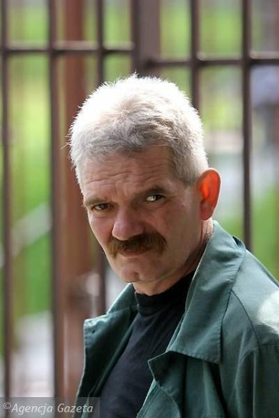 Поднял протест рабочий Гданьской судоверфи и активист Свободных профсоюзов. Звали его Пётр Малишевский, было ему двадцать лет. Ныне Пётр - почётный председатель «Солидарности 80»