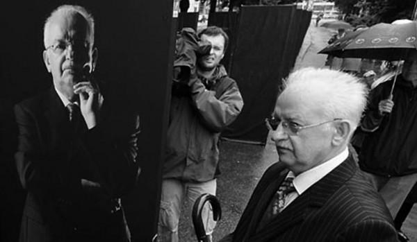 Председатель щецинского МЗК Мариан Юрчик - крайний консерватор и ярый антикоммунист. Умер 30 декабря 2014 года