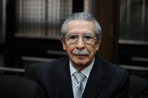 За геноцид и военные преступления 87-летнему экс-президенту два года назад дали 80 лет тюрьмы