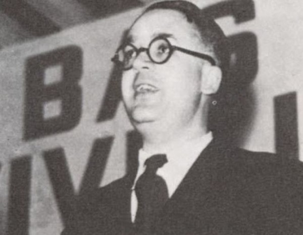 Фашизм это прежде всего дух, сказал однажды поэт Робер Бразильяк, — дух команды