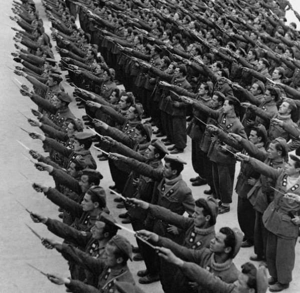 Фашизм — исключительно важное, но очень чётко отграниченное явление западной (и только западной) культуры и философии
