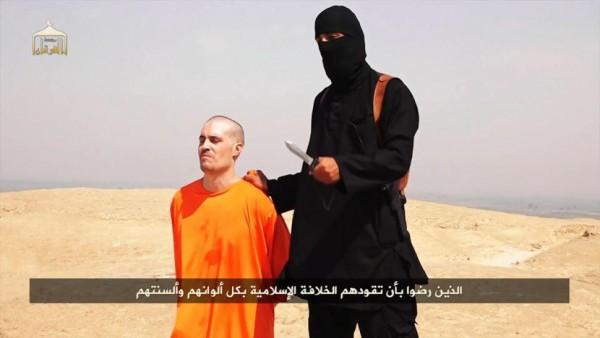 если Путин, преследуя свои интересы, поможет новой реконкисте, то что в этом плохого? Пусть бомбит «Исламского государство». Чем меньше будет извергов, которые отрезают людям головы перед видеокамерой и взрывают памятники культуры, тем лучше