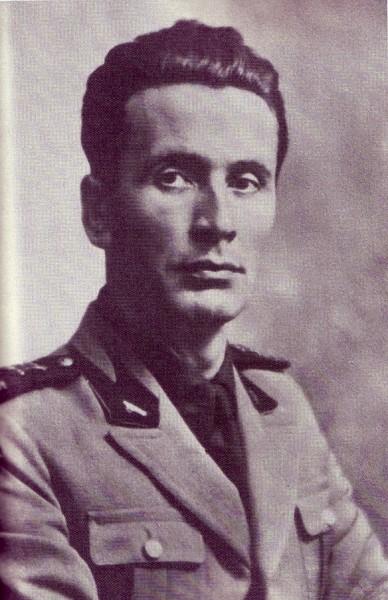 Никколо Джани (1909-1941) — директор Школы фашистской мистики, существовавшей в Милане в 1930-1943 годы