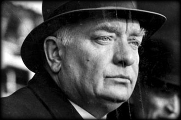 Пер Альбин Ханссон (1885-1946) — шведский социал-демократ — разработчик концепции «дома народа»