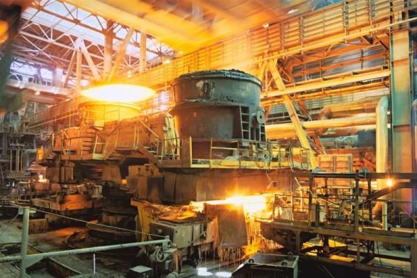 Лучше иметь отстающую по эффективности промышленность, чем вообще не иметь её. Утрата производства - это тупик для развития страны