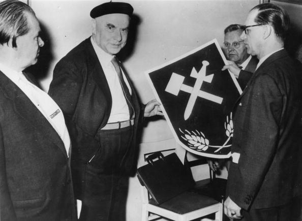 С середины 1950-х годов Отто Штрассер создавал в ФРГ небольшие группы типа «Союза немецких социалистов» или «Независимой рабочей партии»
