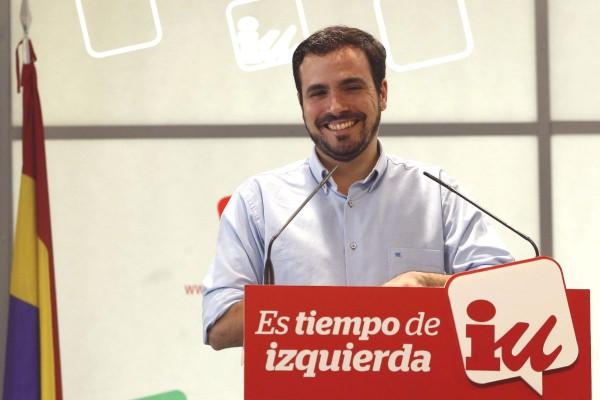 На декабрьских выборах список «Объединённые левые» — Народное единство возглавлял 30-летний экономист Альберто Гарзон, сторонник обновления ОЛ и более тесного сотрудничества всех радикальных левых сил Испании