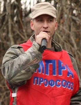 """Рабочий и профсоюзный активист Алексей Этманов объясняет, почему идёт на выборы по спискам партии """"Яблоко"""""""