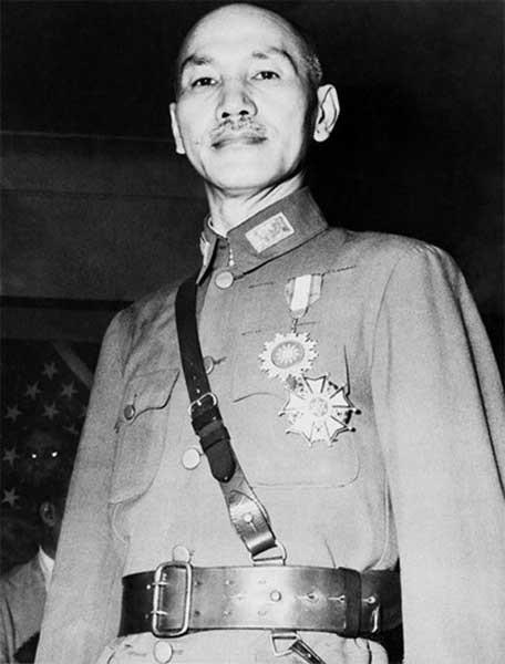 Чан Кайши (1887-1975) - возглавил Гоминьдан в 1925 году . после смерти Сунь Ятсена; президент Китайской Республики, маршал и генералиссимус