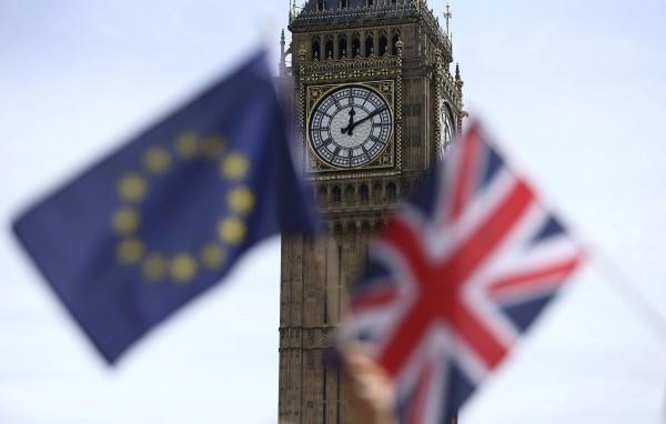 Много проблем для единства уже самой Великобритании может создать особая позиция по поводу ЕС Шотландии и ирландцев